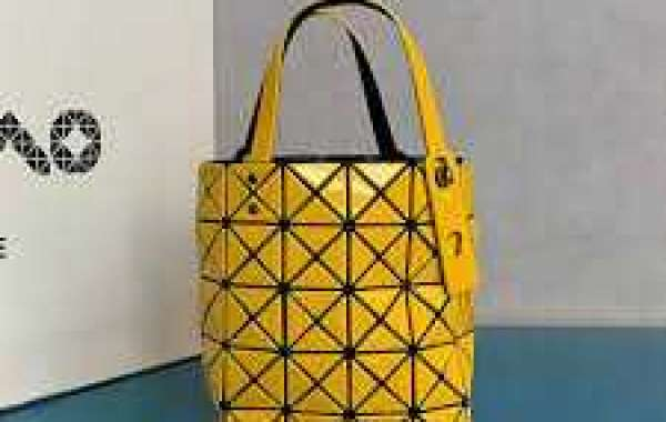Positive aspects of buying Designer Diaper Bags